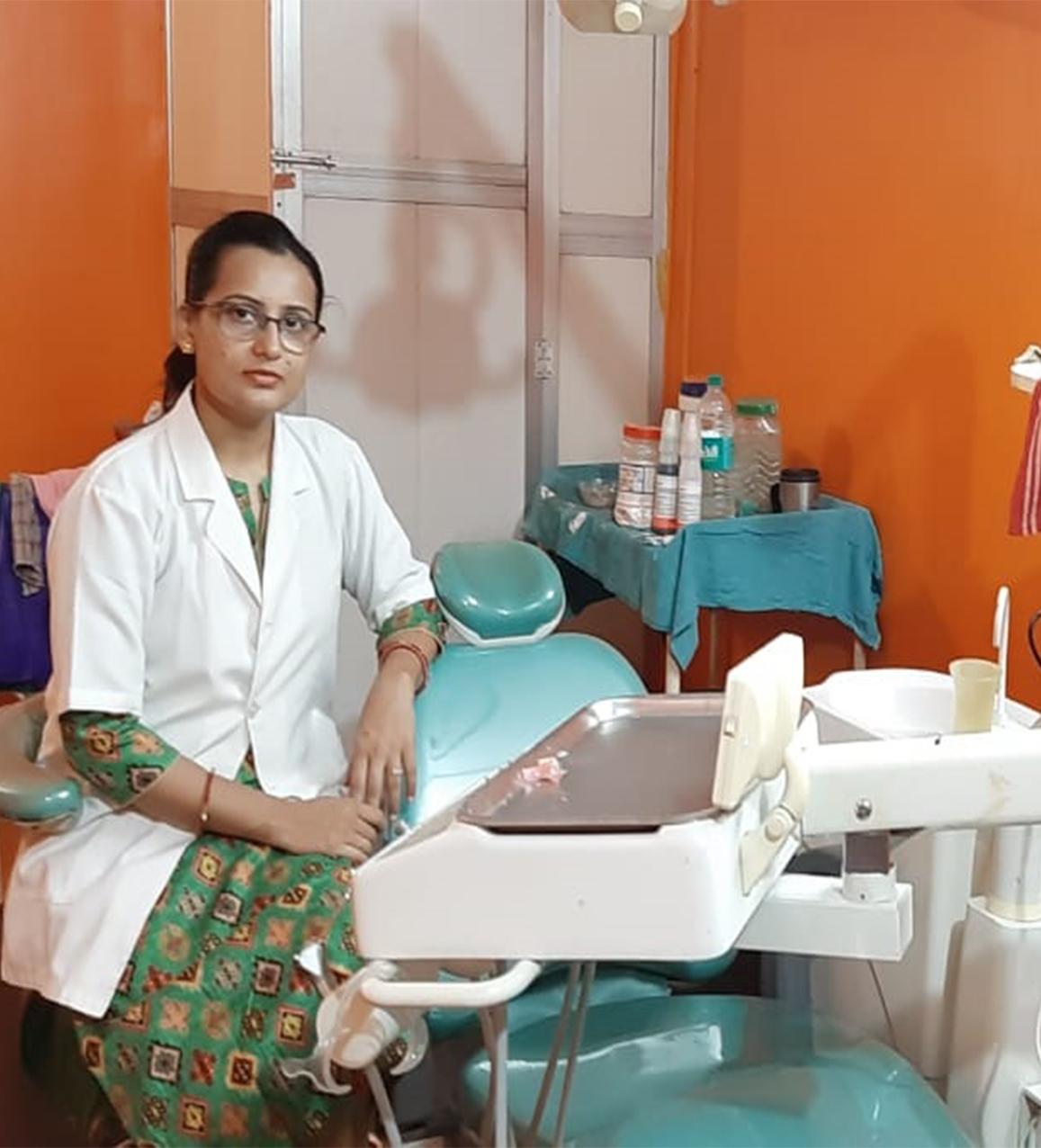 dr-aakriti